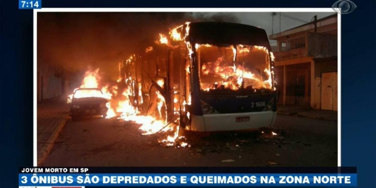 Ônibus são incendiados e apedrejados na zona norte de São Paulo