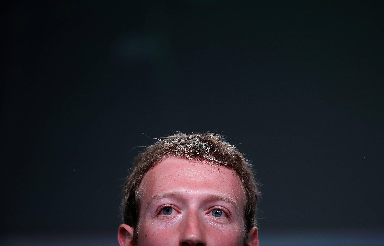 Steve Jobs ya le había advertido a Mark Zuckerberg sobre el cuidado de la privacidad en 2010