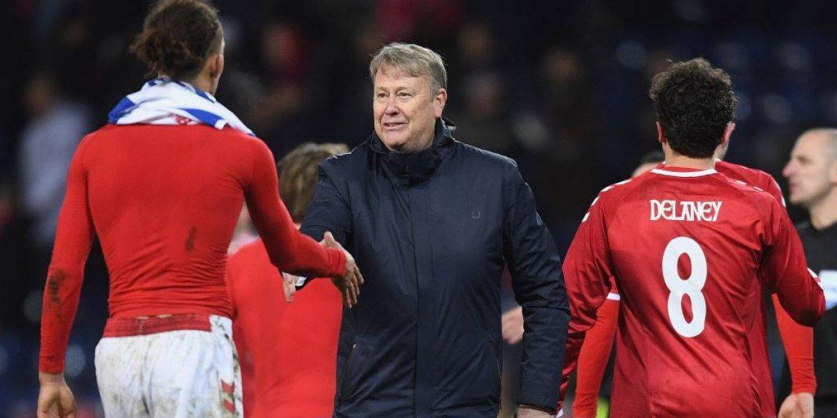 """DT de Dinamarca llenó de elogios a la Roja: """"Es probablemente el mejor equipo al que nos hemos enfrentado"""""""