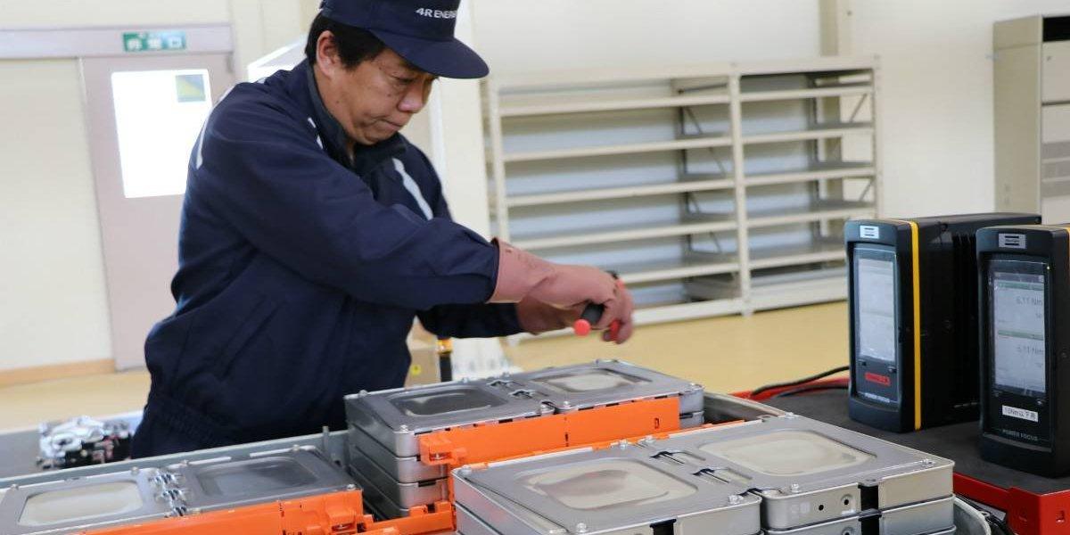 Nissan, presente en planta de reciclaje para baterías de autos eléctricos