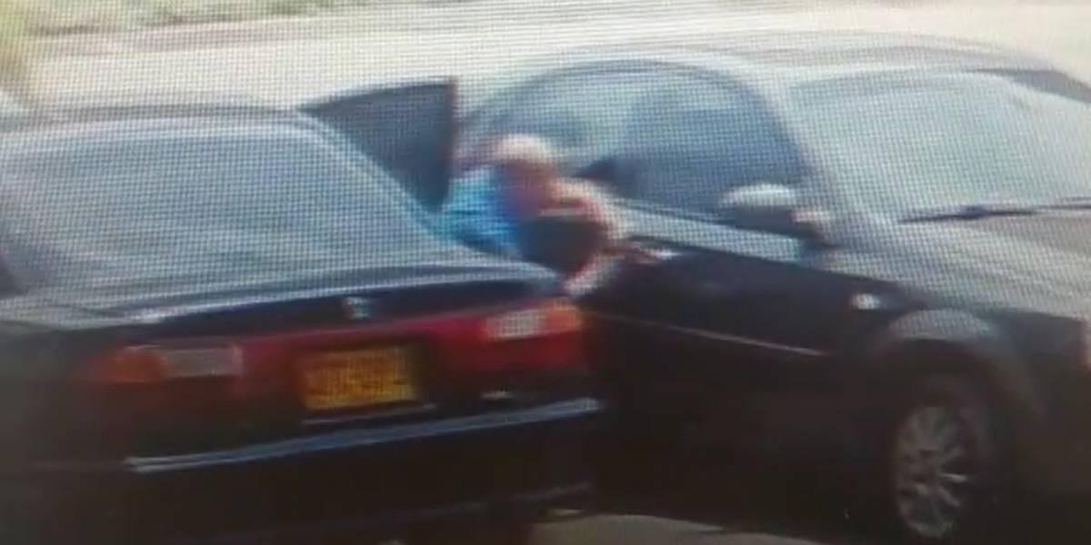 Video: Así fue como en pocos segundos robaron un carro en Cali