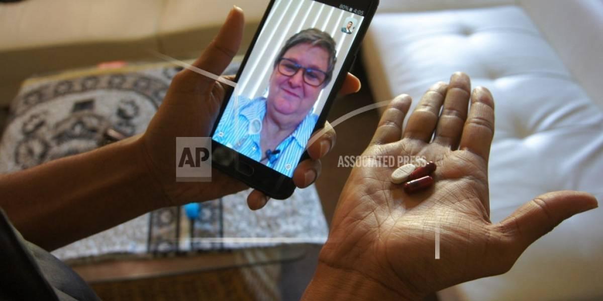 Aplicaciones telefónicas facilitan relación médico-paciente