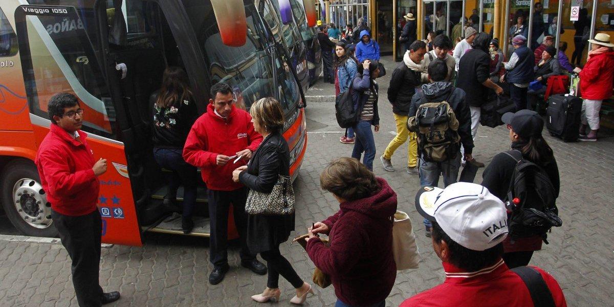 Ministerio de Transportes fiscalizará más de 3.700 buses interurbanos en Semana Santa