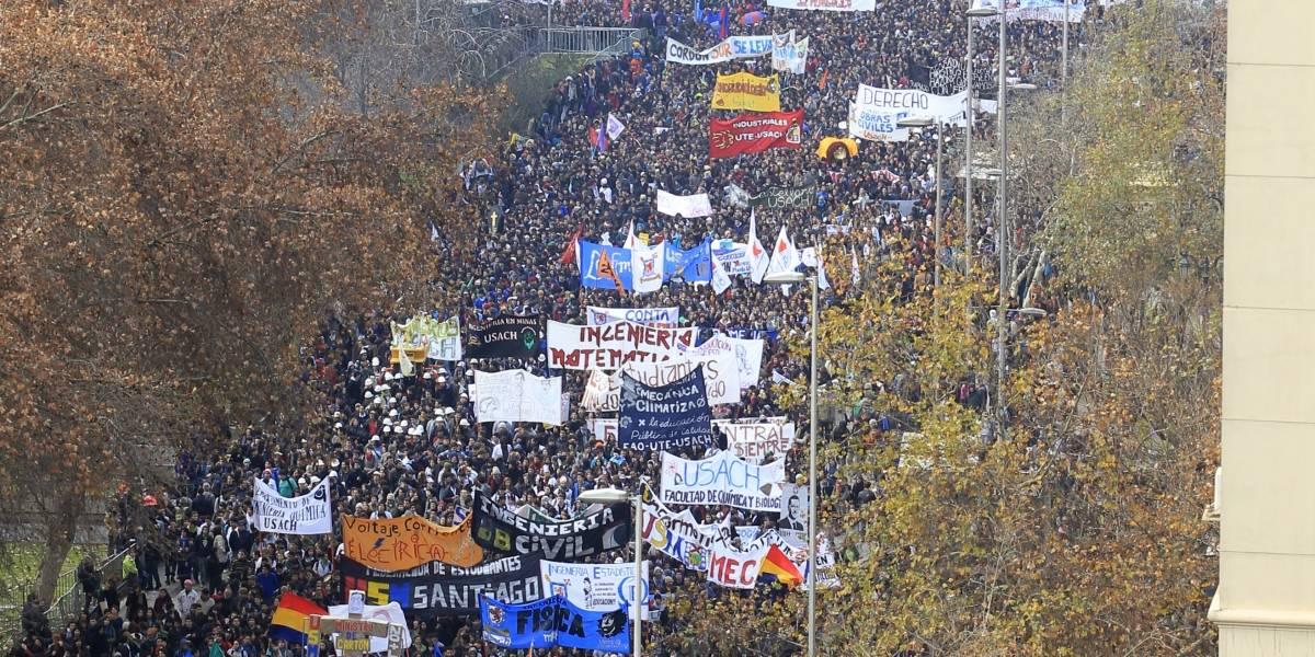 ¡Se viene!: Estudiantes y Colegio de profesores convocan a la primera marcha nacional del año