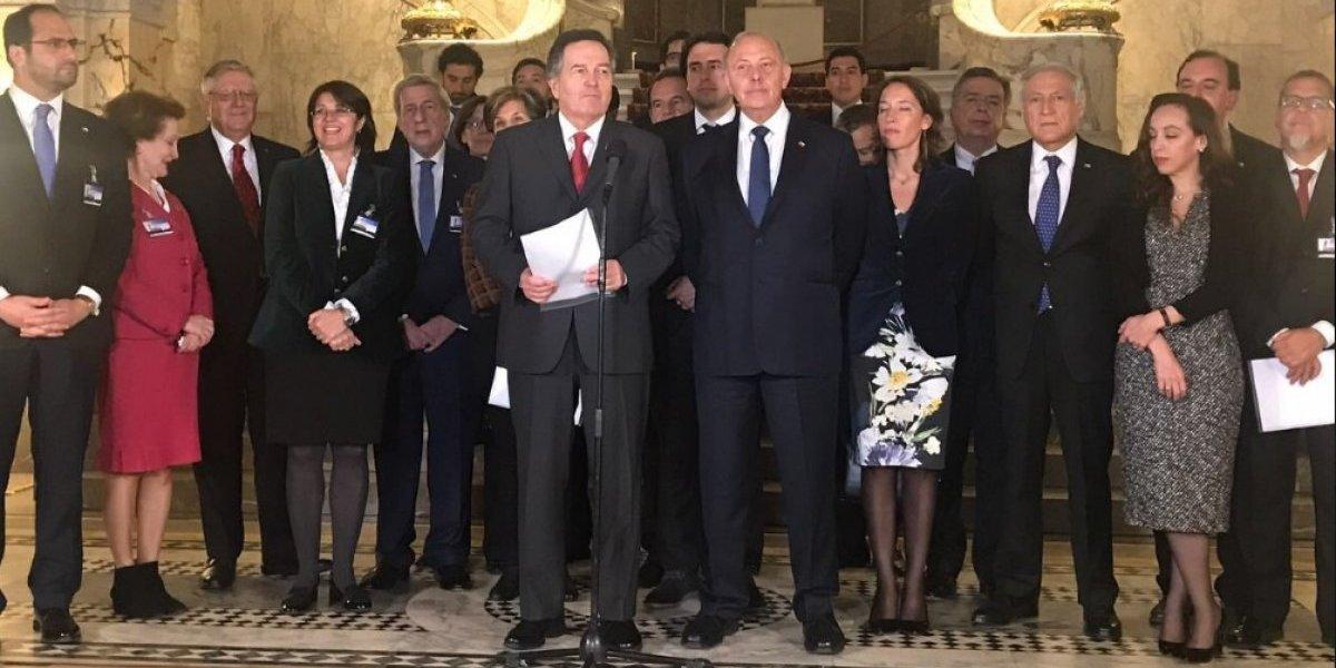 """Delegación chilena en La Haya desacreditó cesión de territorio y calificó demanda de Bolivia de """"inventada"""""""
