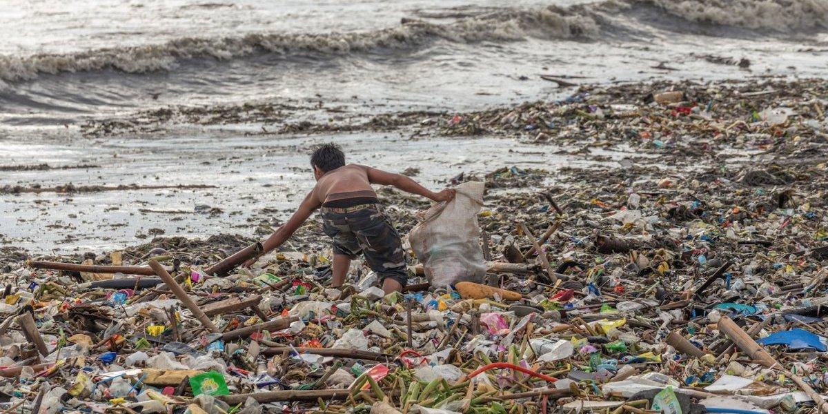 De esta manera podrás disminuir el uso de plástico durante este verano
