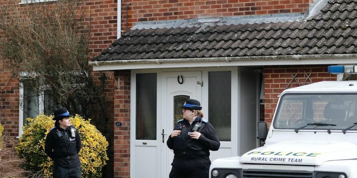 Londres: Ex espía ruso habría sido envenenado en su casa
