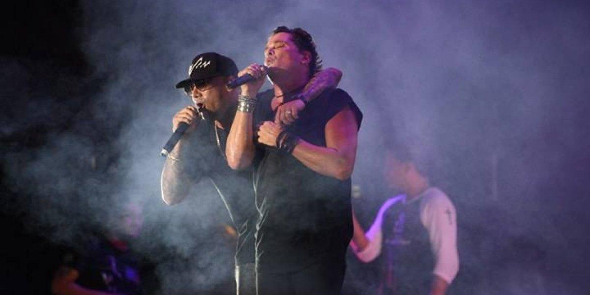 Carlos Vives y Wisin cantaron juntos en el primer día del Gallo Evolution 2018