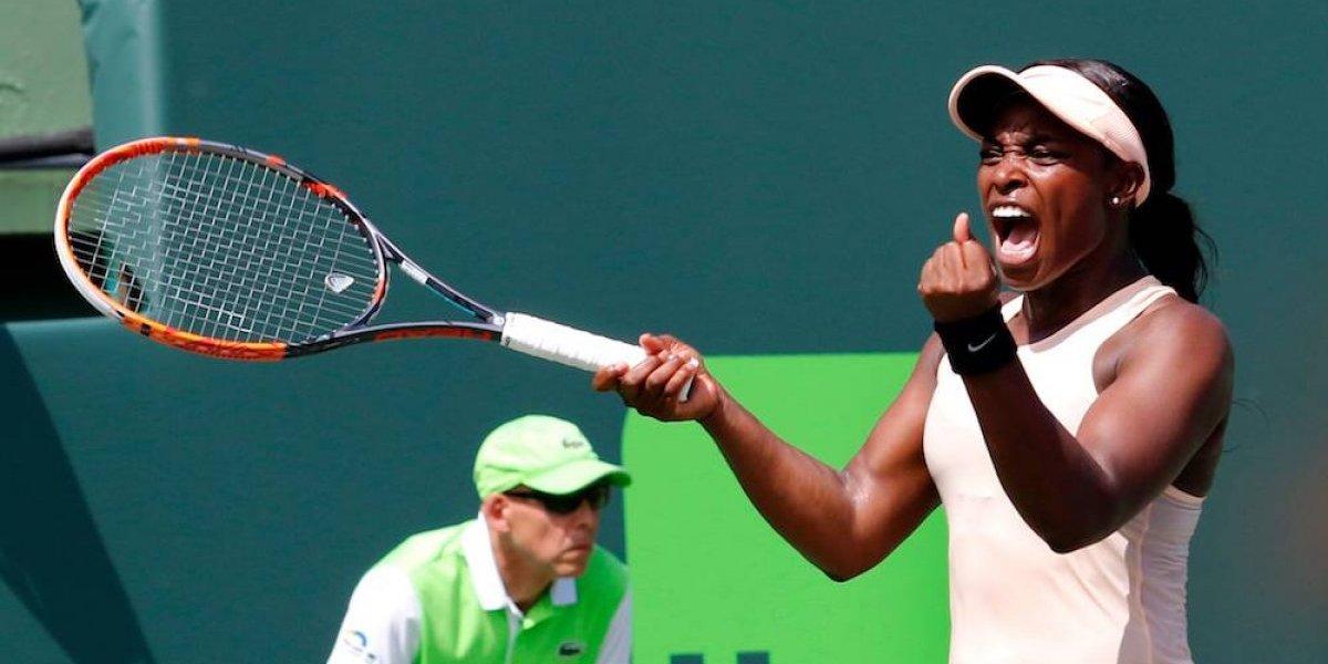 Venus Williams y Azarenka avanzan a Cuartos en Miami