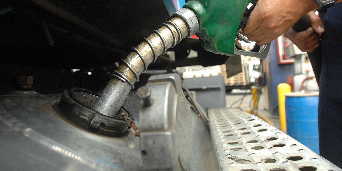 La gasolina premium y el gasoil bajan 1 peso; GLP aumenta 1 peso