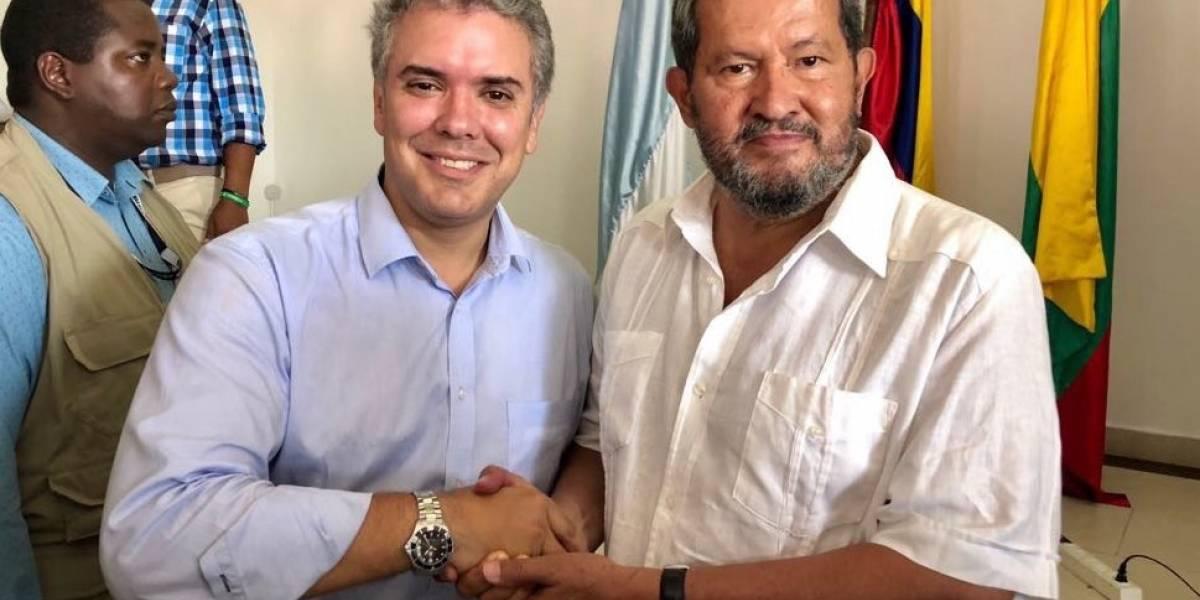 Angelino Garzón se une a la campaña de Duque y todos recuerdan su pasado