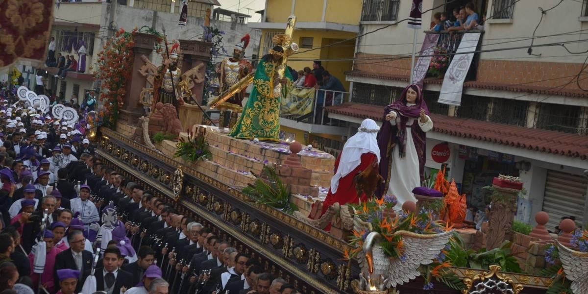 Procesión de Cristo Rey de la Parroquia de Candelaria recorre el Centro Histórico