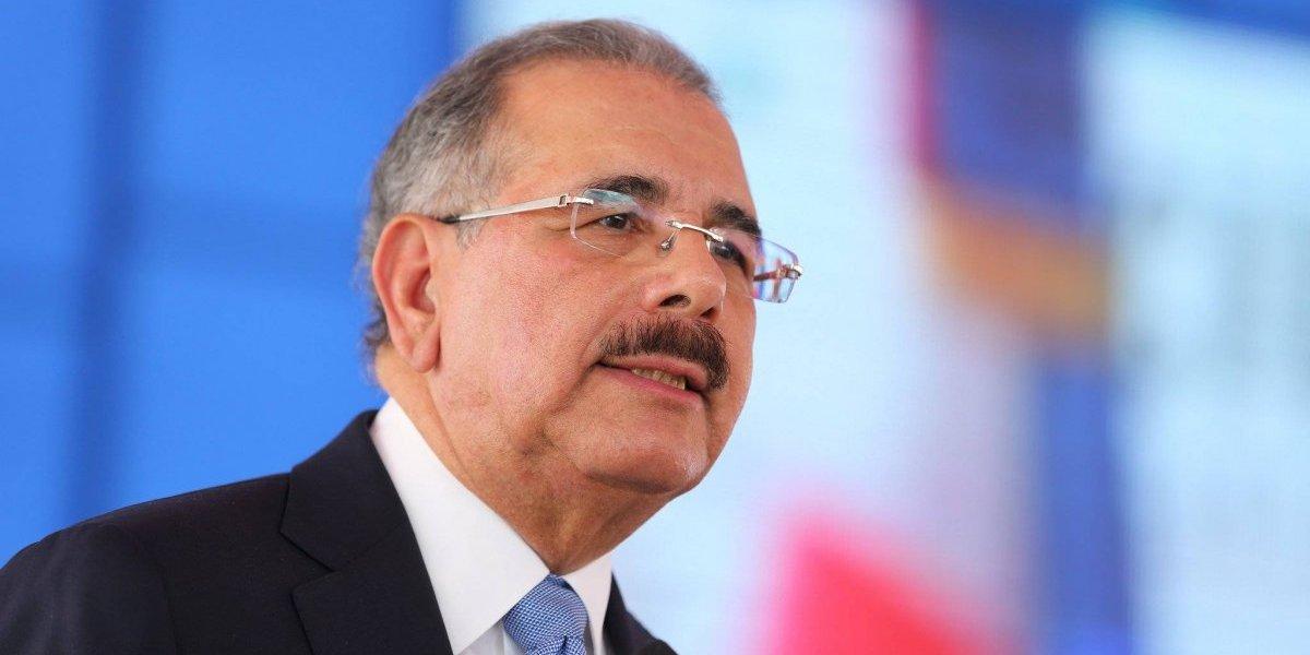 Medina dispone retiro de decenas de oficiales de las Fuerzas Armadas