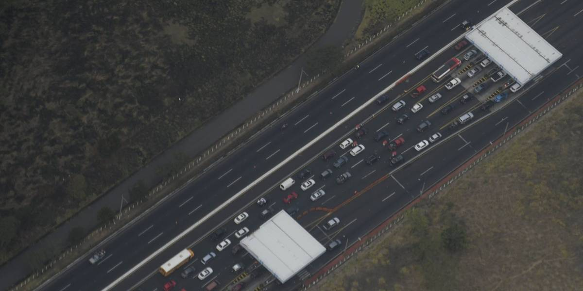 Más de 50 mil vehículos se han dirigido a la costa sur en dos días