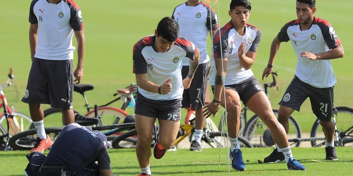 Jugador de Chivas ventila su nula relación con Alan Pulido