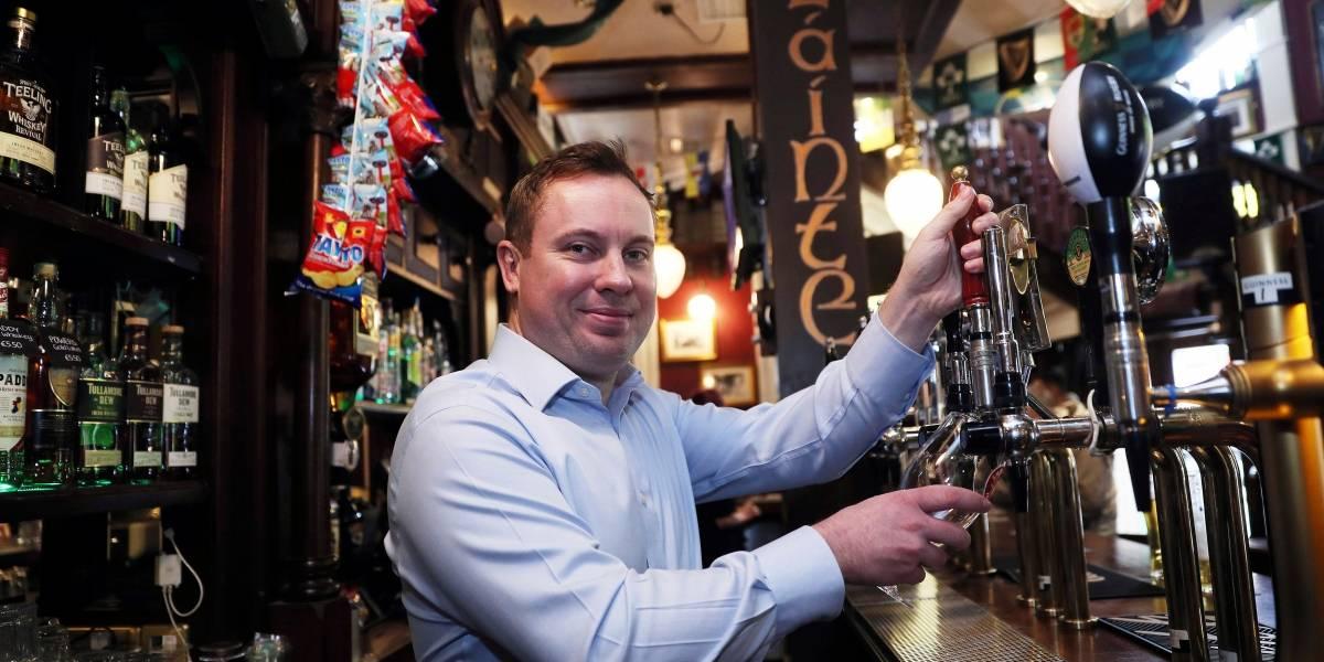 Bares irlandeses abren un Viernes Santo por primera vez en 90 años