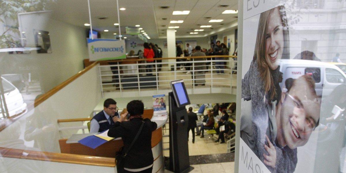 Parlamentarios solicitan al Gobierno urgencia para reformar Ley de Isapres