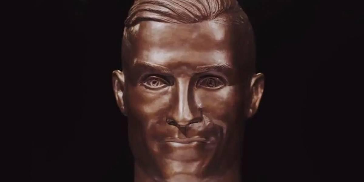 Escultor faz novo busto de Cristiano Ronaldo