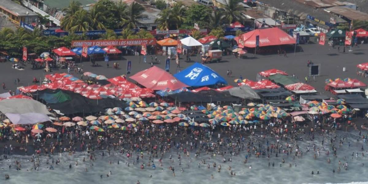¡Totalmente abarrotadas! Así lucen las playas del Pacífico este Viernes Santo