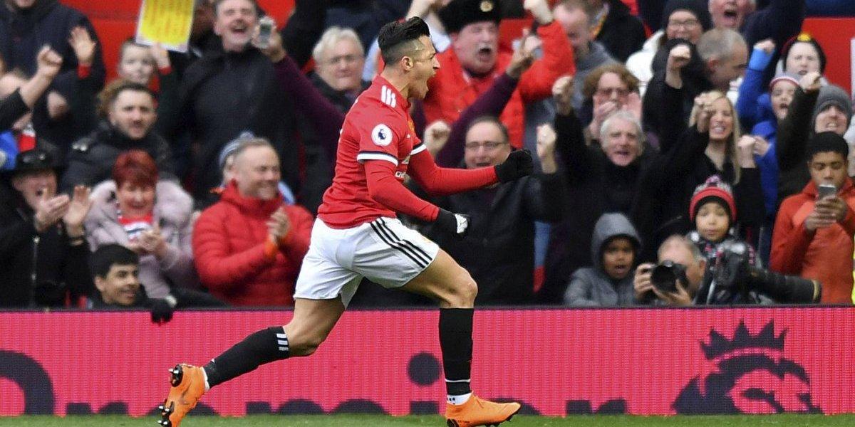 La prensa inglesa se queda sin tema: Alexis fue la figura en la victoria de Manchester United