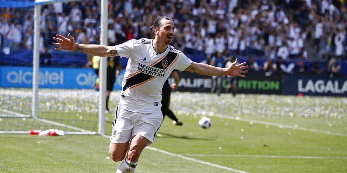 VIDEO: Zlatan apagó la felicidad del doblete de Carlos Vela