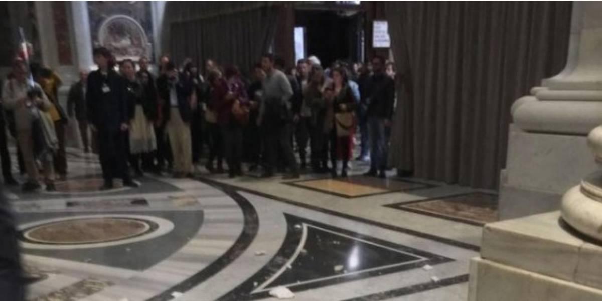 Techo de Basílica de San Pedro se cae a pedazos después de declaraciones del Papa sobre el infierno