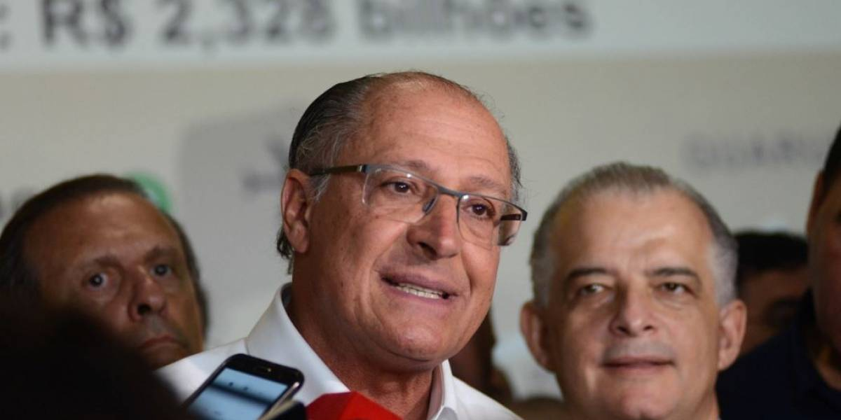 Alckmin entrega obra que só vai abrir em 90 dias