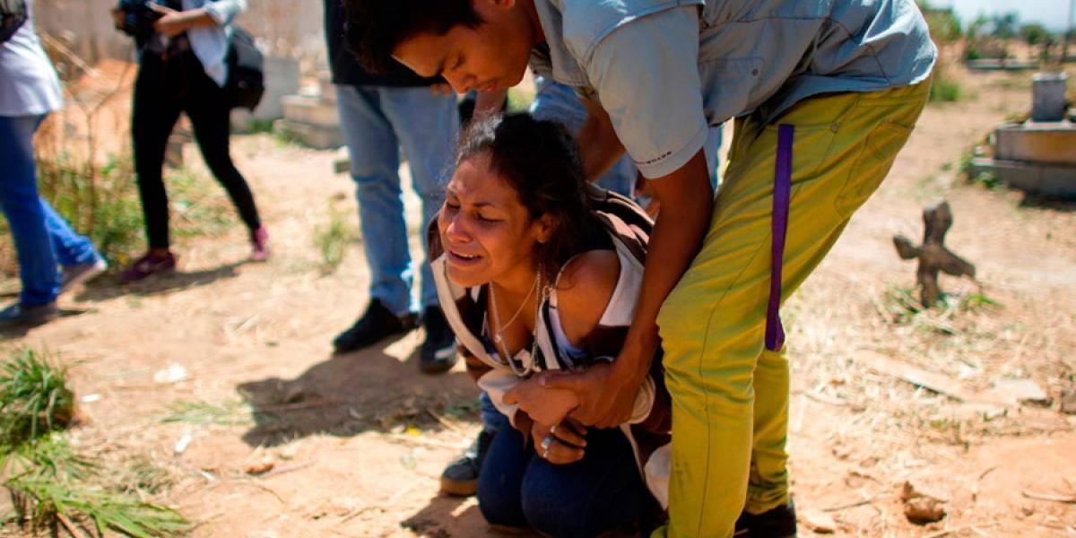 Venezuela: Detienen a cinco policías por incendio en celdas