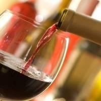 Se prohibe venta de alcohol en Quito durante el feriado, entre las 18:00 hasta las 06:00