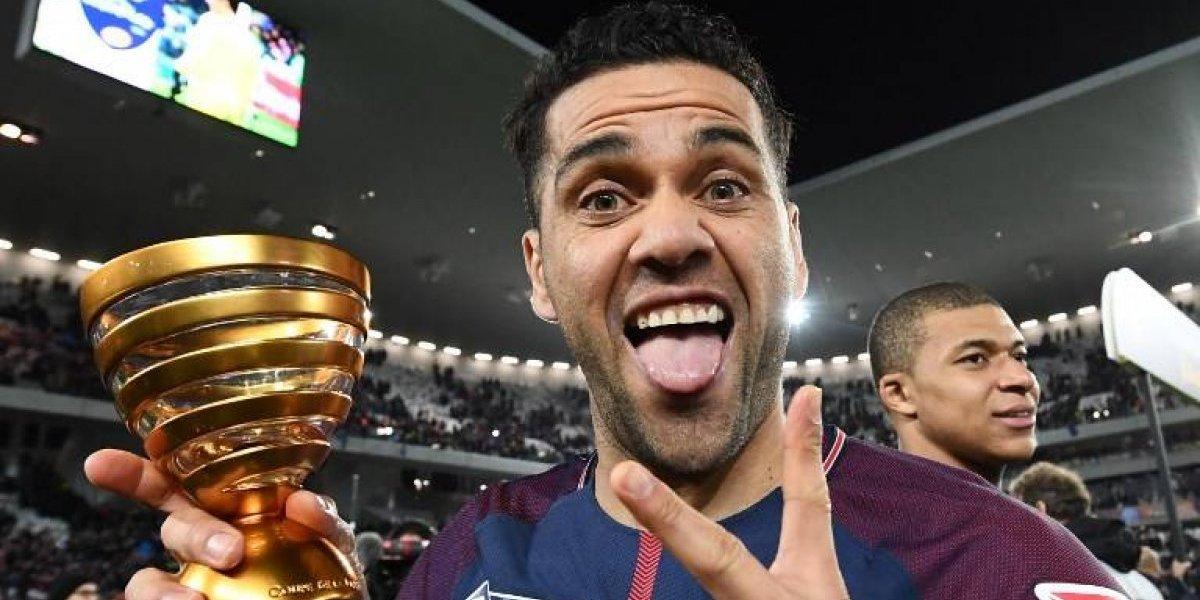 El mensaje de Neymar para Dani Alves y sus compañeros del PSG por el título de Copa