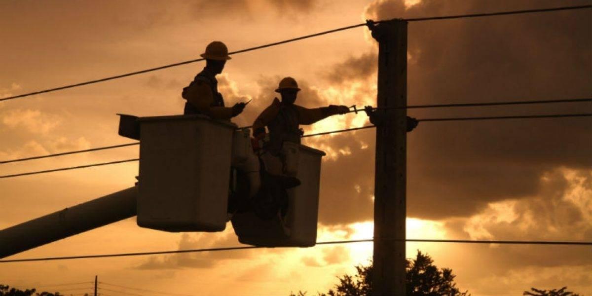 Falla deja sin luz a varios municipios del oeste