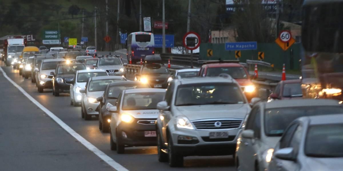 """Mil autos más por hora hicieron explotar la Ruta 68: Gobierno anuncia medidas por el """"colapso histórico"""""""