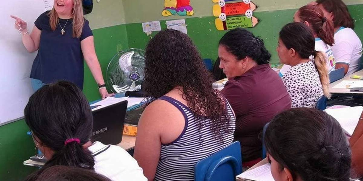 """""""Debemos fortalecer los valores y la tolerancia para las personas con autismo"""", Lucy Ochoa de Molina, representante de la asociación Inclúyeme"""