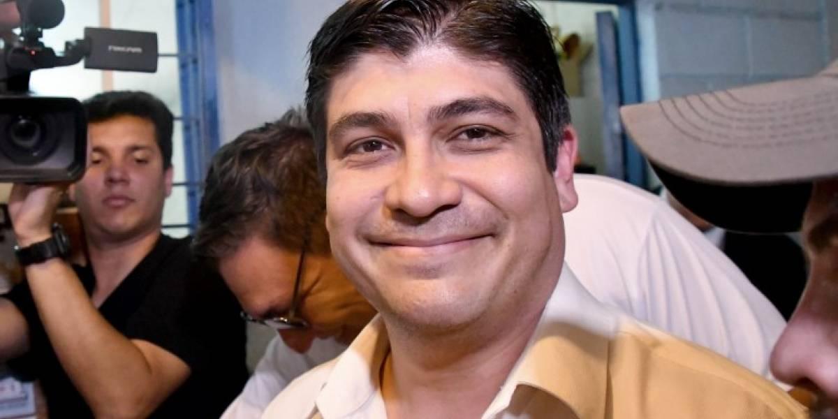 El oficialista Carlos Alvarado gana presidencia de Costa Rica