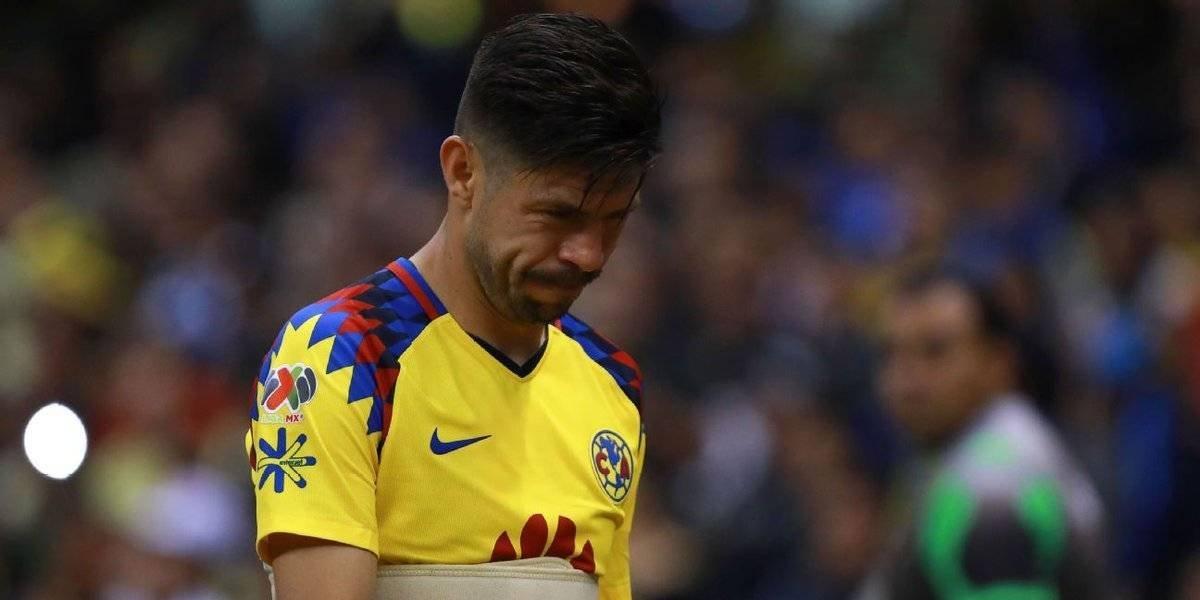 Oribe Peralta sale lesionado ante Cruz Azul