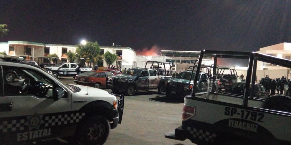 Motín en penal La Toma de Veracruz deja 7 policías muertos