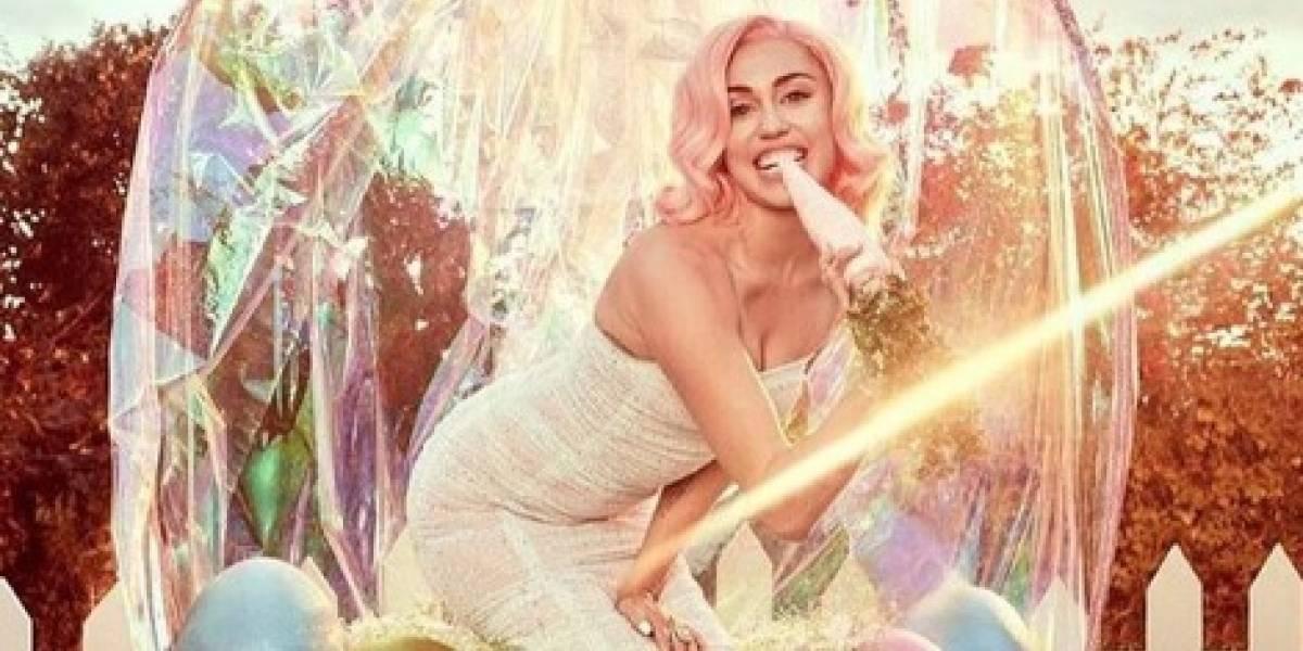 Miley Cyrus se viste de conejita para celebrar la Pascua