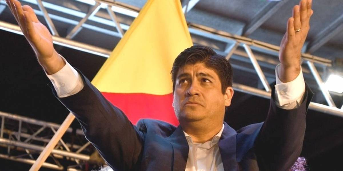 Costa Rica elige a oficialista Alvarado como Presidente