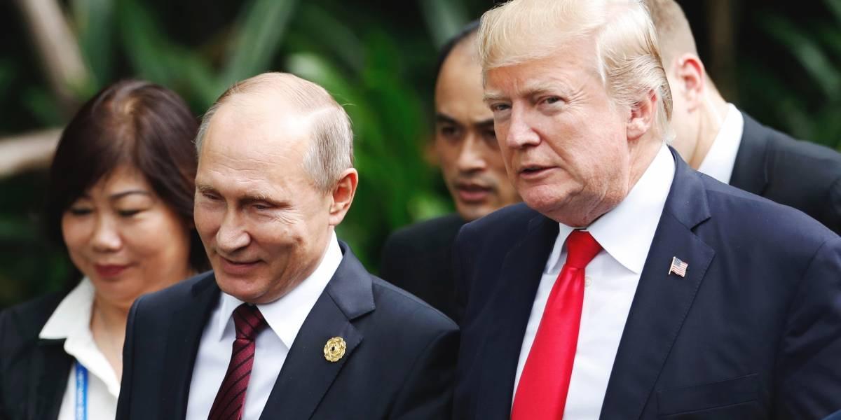 Casa Blanca confirma discusión de Putin con Trump y posible reunión