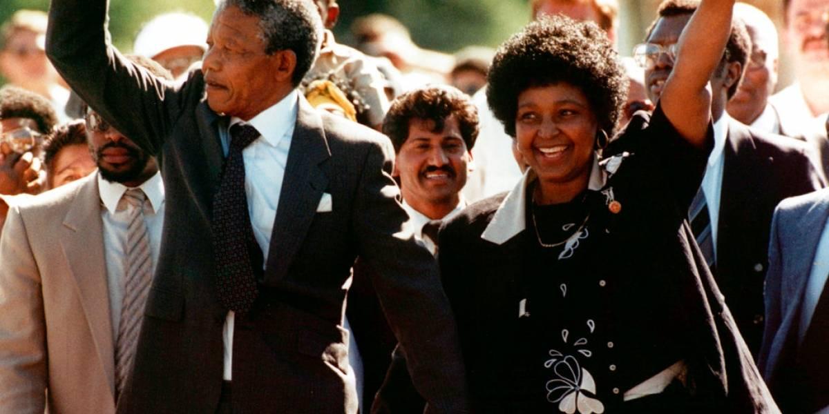 Fallece Winnie Madikizela-Mandela, activista y exesposa de Nelson Mandela