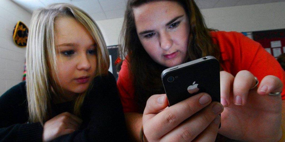 Se eleva uso de celulares en escuelas de EE. UU.