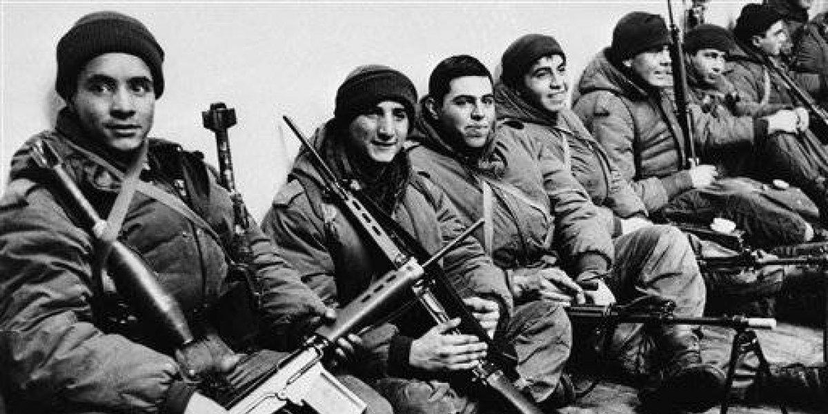 """El plan de los militares argentinos tras la invasión a Las Malvinas: """"Después les tocará a los chilenos"""""""