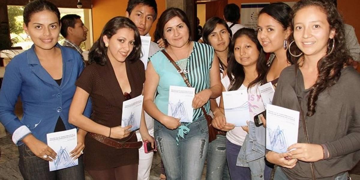 China oferta 1.200 becas para estudiantes ecuatorianos