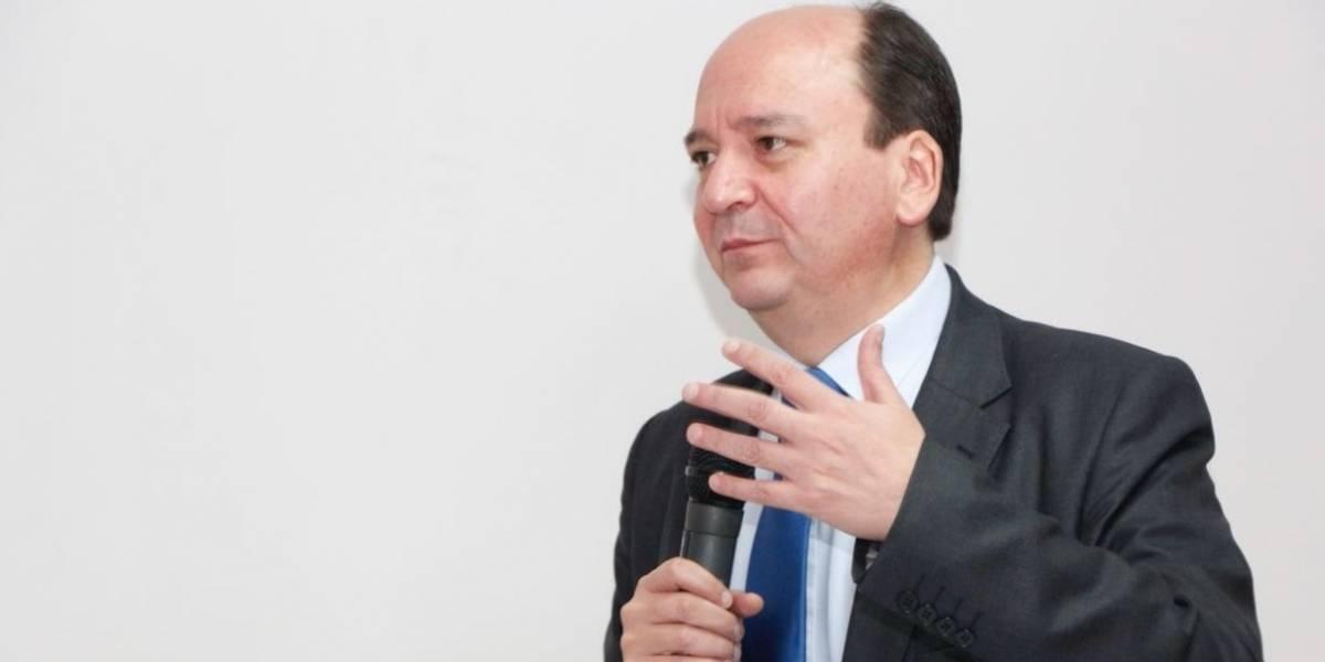 Comisión de Fiscalización recibirá mañana pruebas contra Carlos Baca