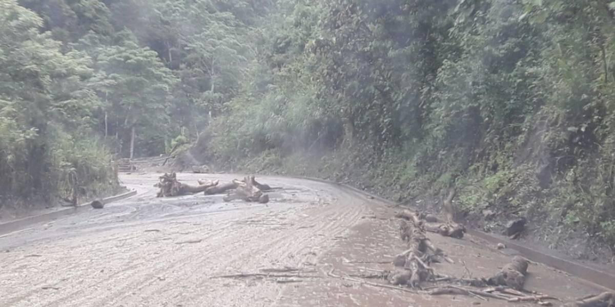 La vía Riobamba - Pallatanga - Guayaquil se encuentra cerrada