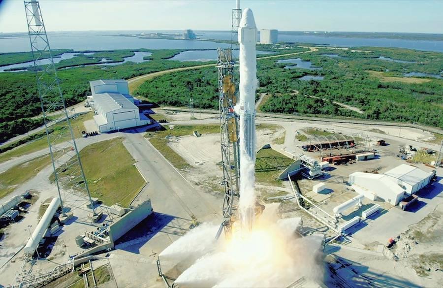La NASA dice que su cohete es la única forma para llegar a la Luna el 2024