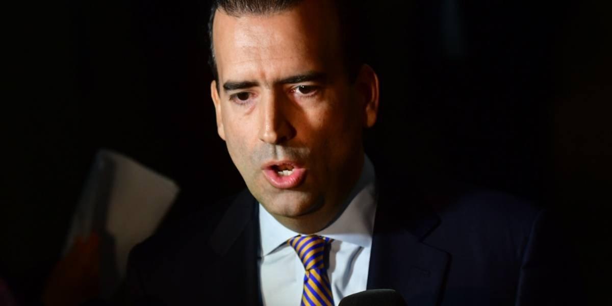 """José Carrión: """"Acuerdo preliminar apoyará la privatización y transformación de la AEE"""""""