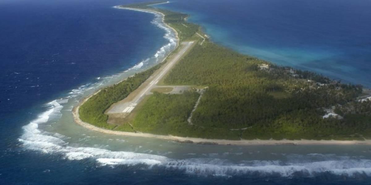 El mortal tifón que dejó a los habitantes de una isla del Pacífico viendo en blanco y negro