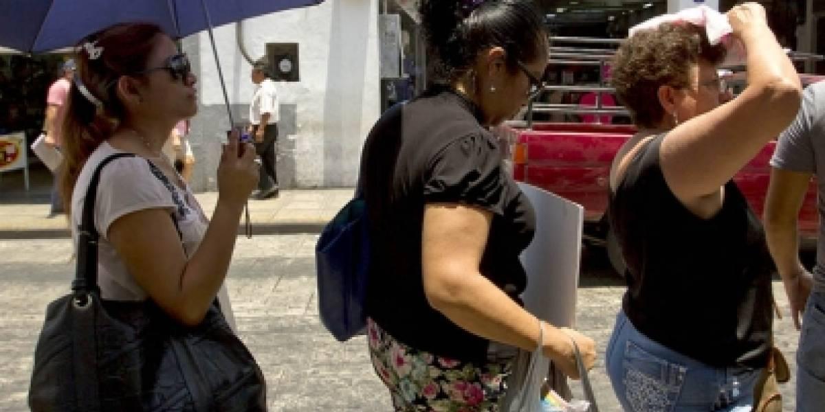 Este lunes se espera ambiente caluroso y seco en la mayor parte del país