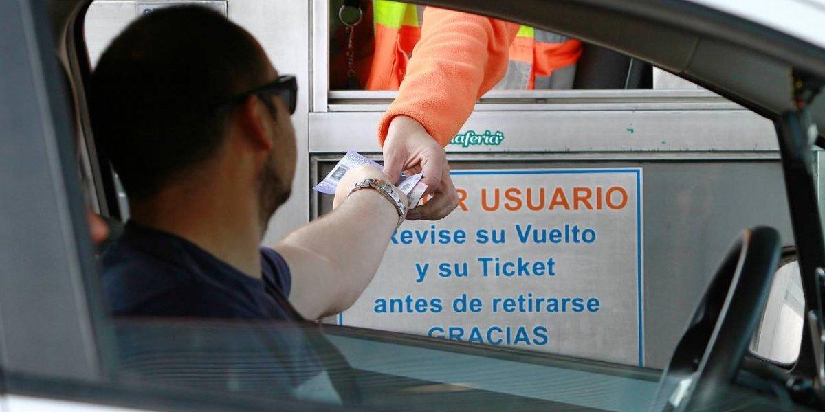 Peaje gratis y luz verde al tren rápido Valpo-Santiago: propuestas para evitar odiados tacos de regreso a la capital